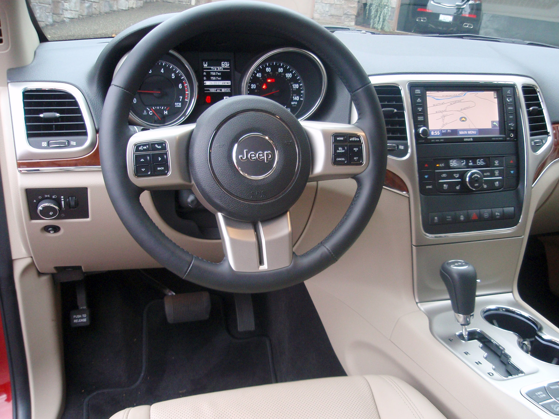 Road Test: Jeep Grand Cherokee Our Auto Expert