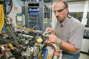 Gas-Diesel Hybrid Engine Research