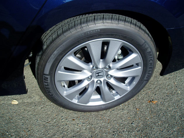 2012 Honda  Accord EX - Wheels