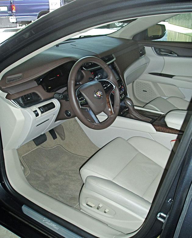 2013 Cadillac XTS - Interior