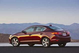 2013 Acura ILX - Side