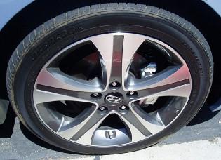 Hyundai Elantra Wheels