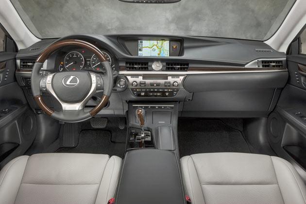 2013 Lexus ES - Interior