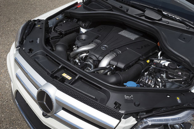 2013-Mercedes-Benz GL - Engine