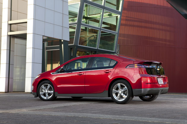 2011 Chevrolet Volt - Side