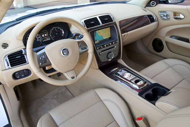 2012 Jaguar XKR - Interior