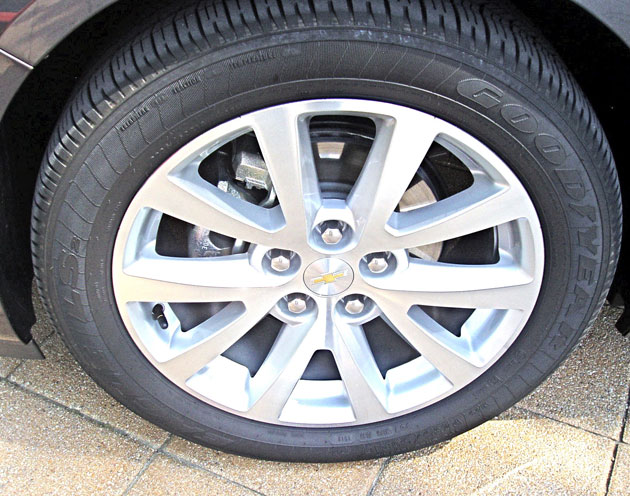 2013 Chevrolet Malibu - Wheels