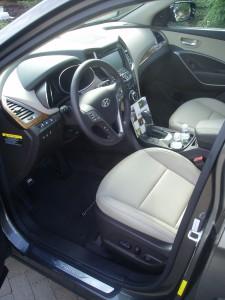 2013 Hyundai Santa Fe - Interior 1
