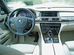 2013 BMW Alpina - Dashboard