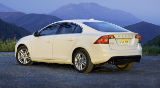 2013 Volvo S60 T5 rear-view