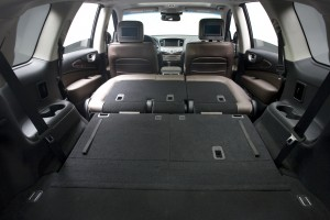 2013 Infiniti JX35 - Trunk space