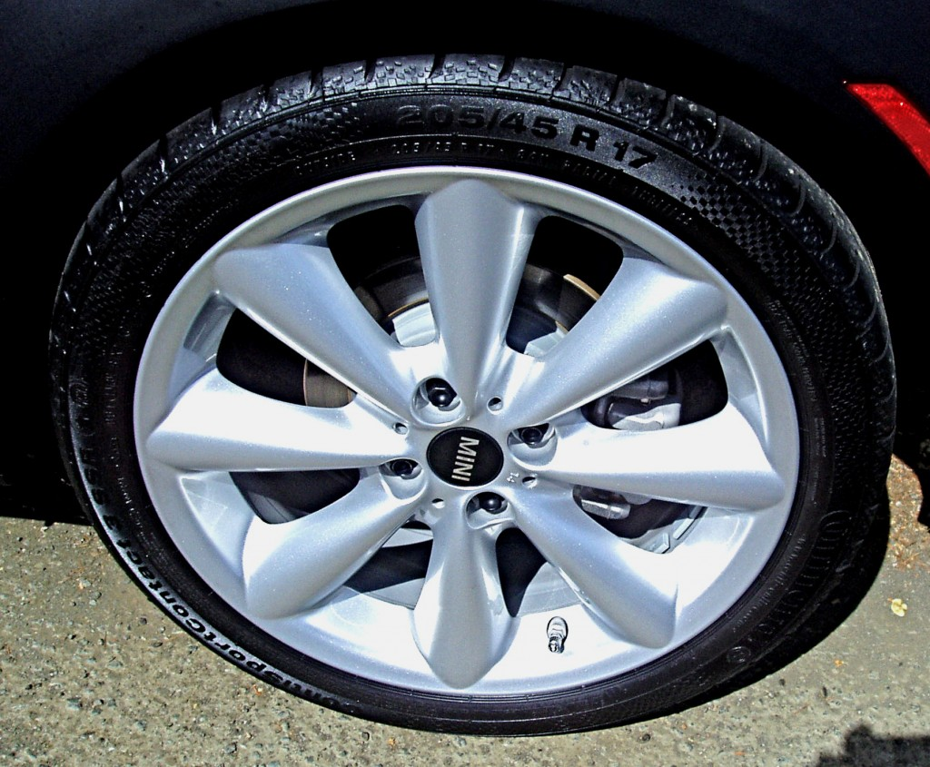 2012 MINI Cooper - Wheels