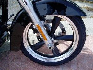 2012 Harley Davidson FLD - Wheels