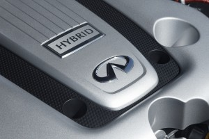 2013 Infiniti - Engine compartment