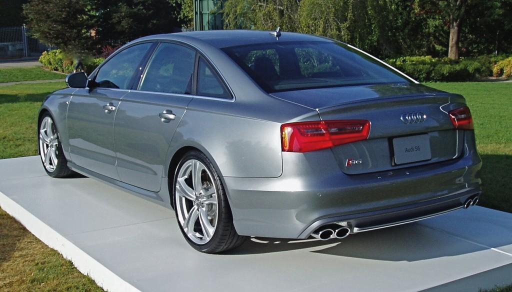 2013 Audi S6 - rear