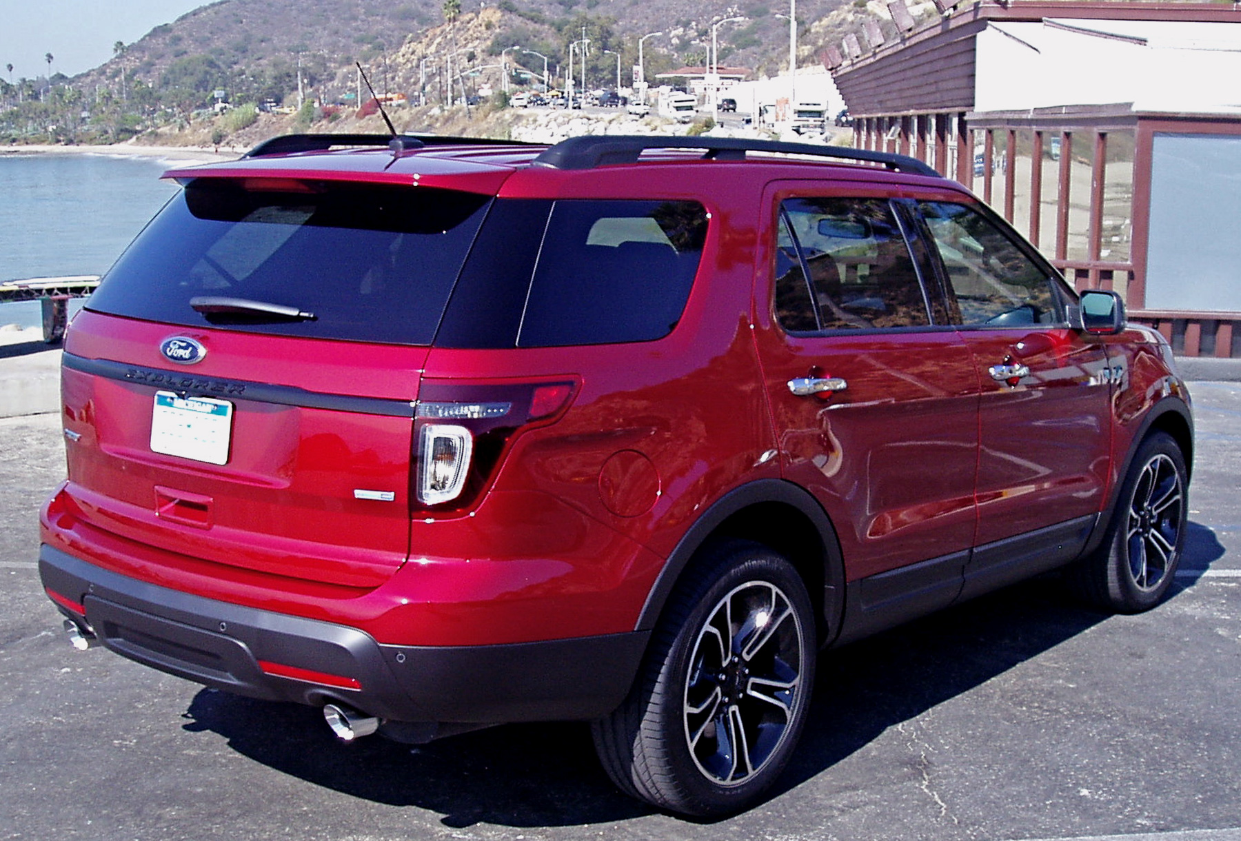 test drive 2013 ford explorer sport our auto expert. Black Bedroom Furniture Sets. Home Design Ideas
