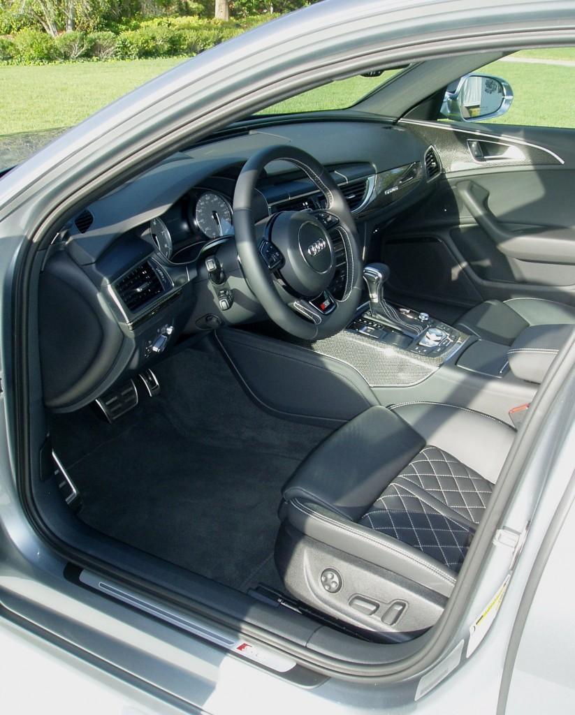 2013 Audi S6 - Interior