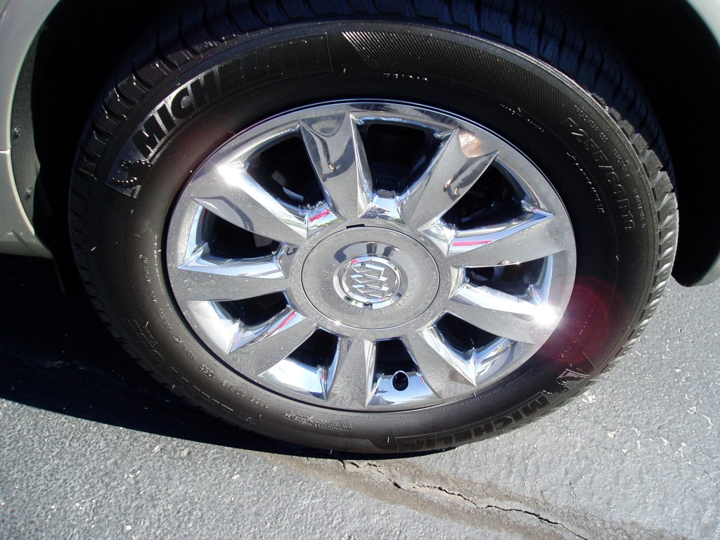 2013 Buick Enclave - Wheels