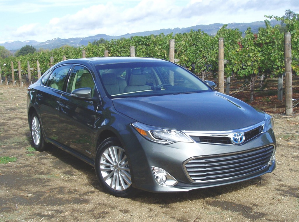 2013 Toyota Avalon - Front