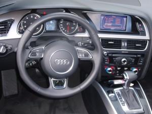 2013 Audi A5 Cabriolet - dashboard