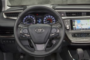2013 Toyota Avalon - dashboard