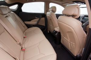 2013 Hyundai Azera - Back seats