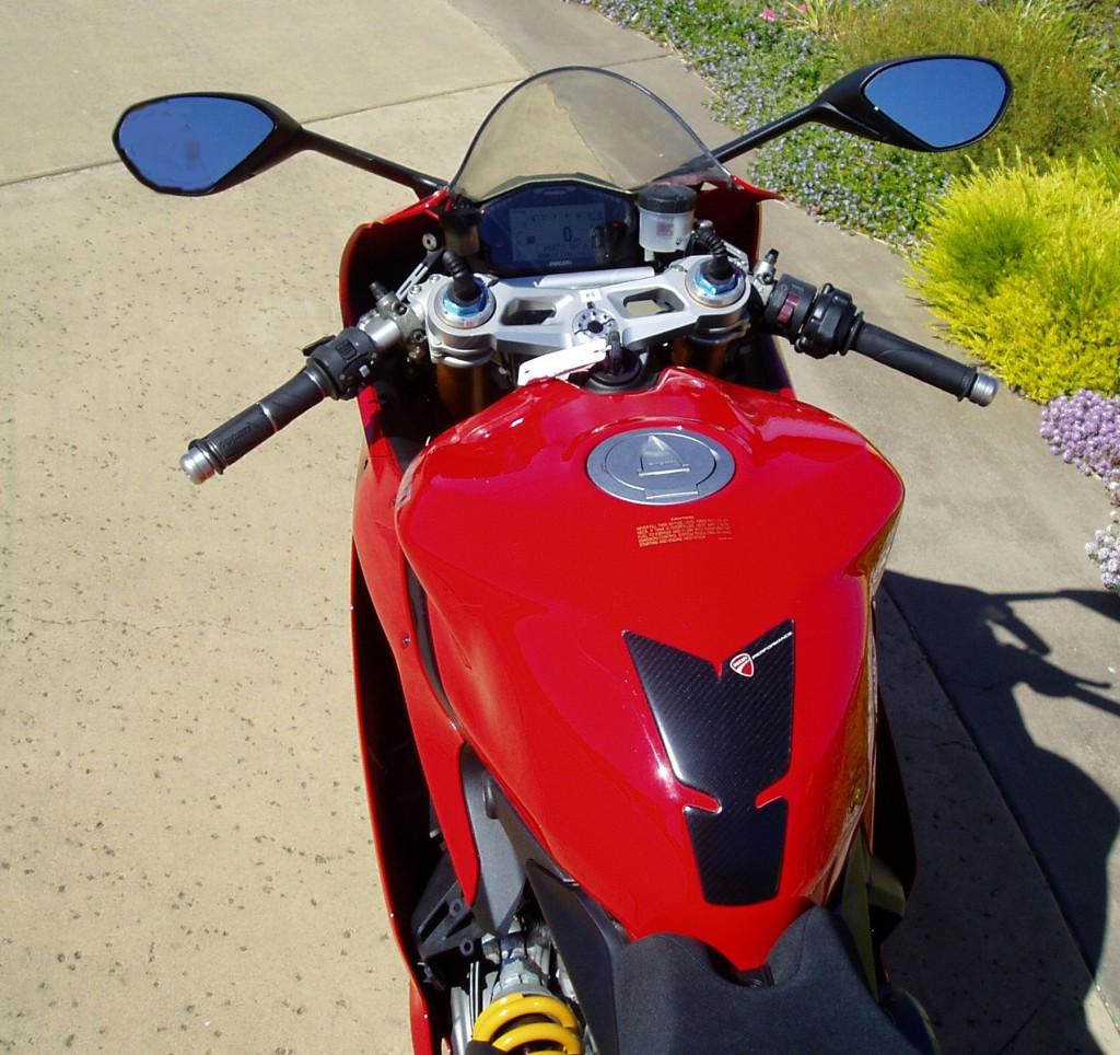 2012 Ducati 1199 S Panigale- Fuel tank/Steering