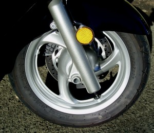2012 Honda Silver Wing Scooter - Wheels