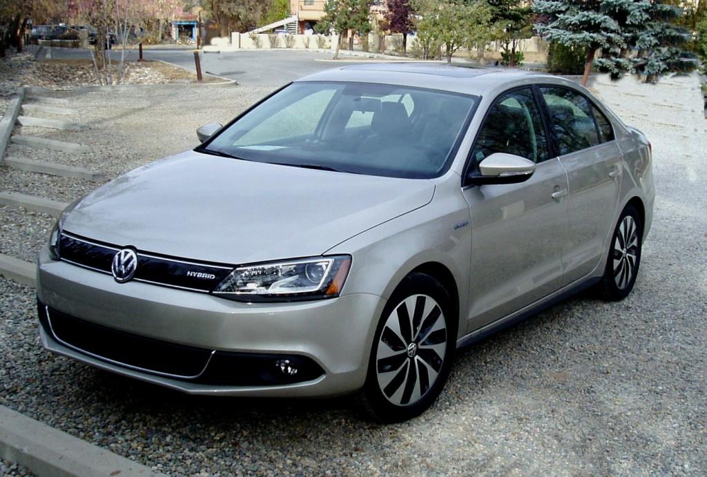 2013 Volkswagen Jetta - Front View