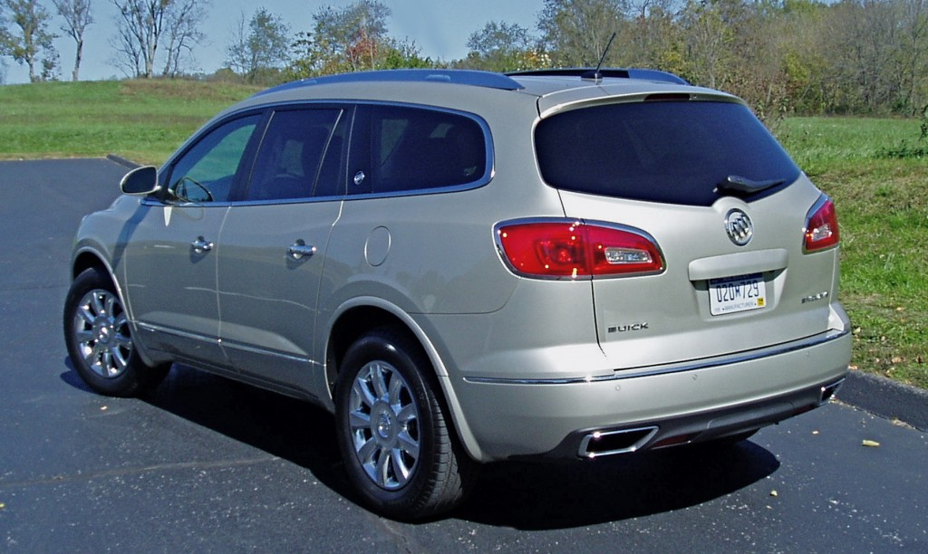 2013 Buick Enclave (Side View)