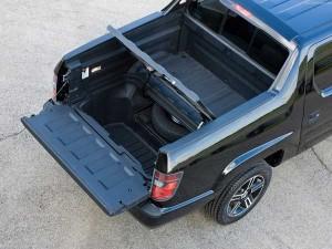2012-Honda-Ridgeline-trunk-3