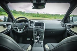 2013 Volvo XC60 dash