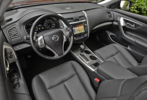 2013 Nissan Altima 3.5 SL - Interior