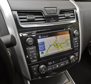 2013 Nissan Altima 3.5 SL - Navigation