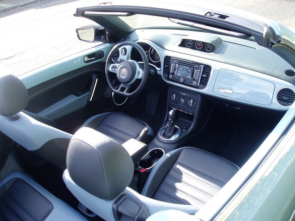 2013 Volkswagen Beetle Convertible - Interior