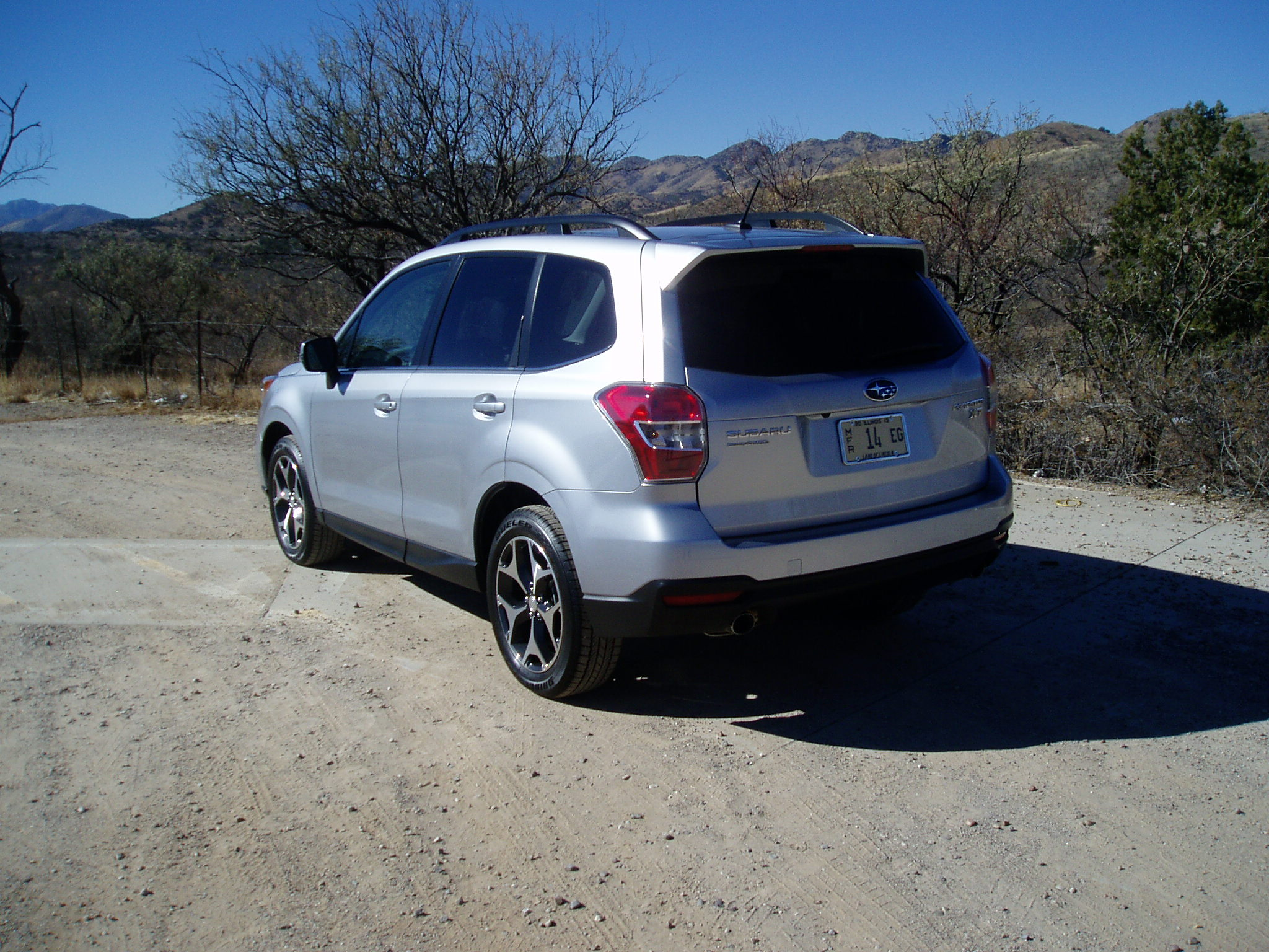 2014 subaru forester 2 0xt touring our auto expert. Black Bedroom Furniture Sets. Home Design Ideas