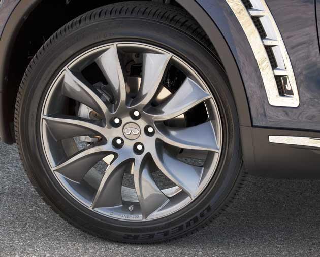 2013 Infiniti FX37 wheel
