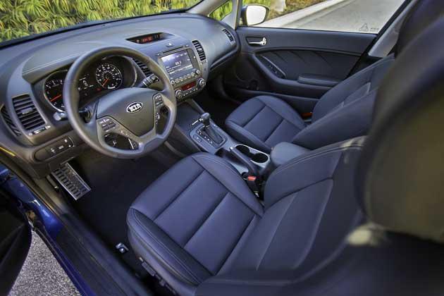 2014 Kia Forte EX interior