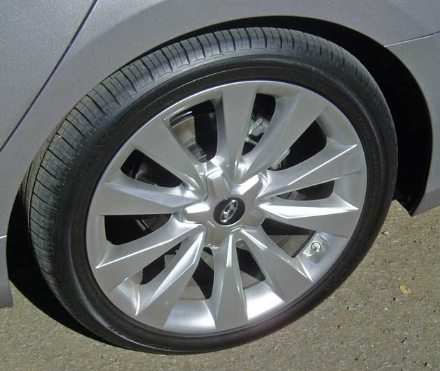Hyundai Azera Wheels