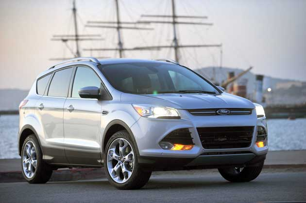 2013-Ford-Escape-frontqrt