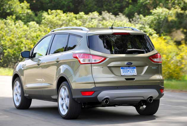 2013-Ford-Escape-rear