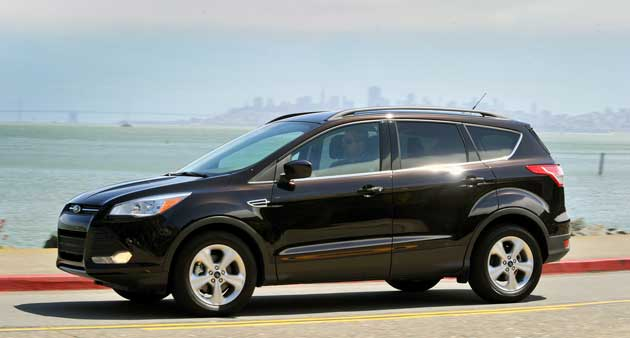 2013-Ford-Escape-side