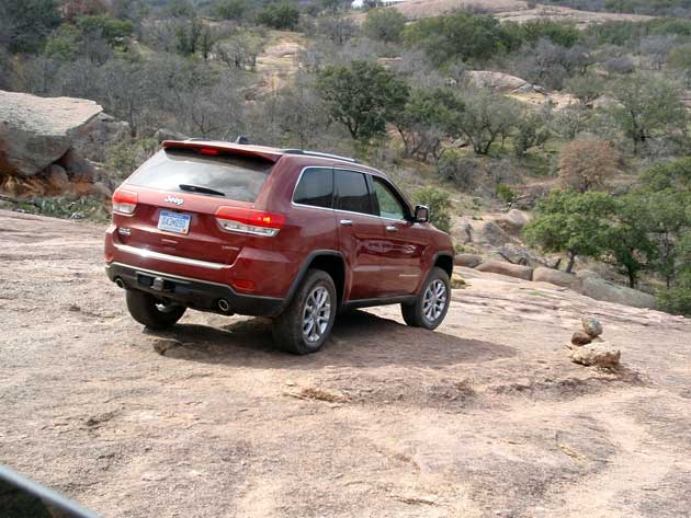 2014 Jeep Grand Cherokee downhill