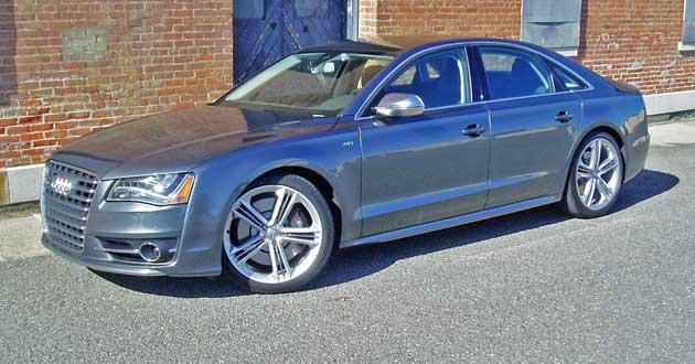 2013-Audi-S8-FF