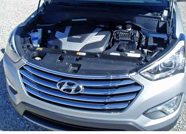 Hyundai-Santa-Fe-Eng
