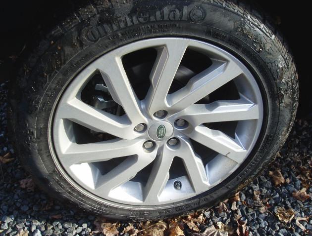 2013 Land Rover LR2 - Wheels