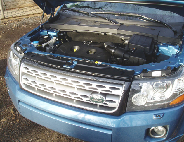 Land Rover LR2  - Engine