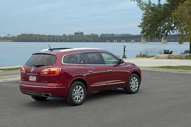 2013 Buick Enclave rear quarter