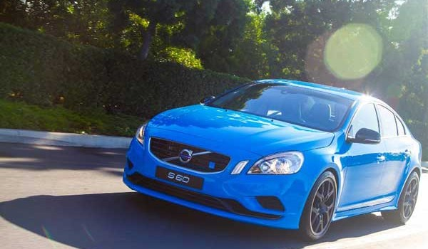 2013 Volvo S 60 T6 All-Wheel-Drive R-Design – Video