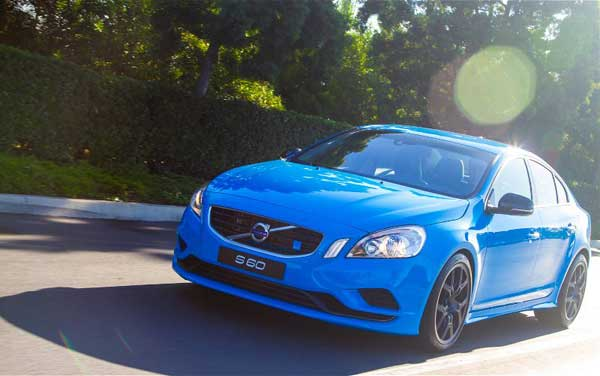 2013-Volvo-S-60-T6-All-Wheel-Drive-R-Design